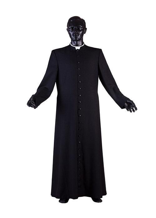 fertiger Priestertalar nach Maßanfertigung