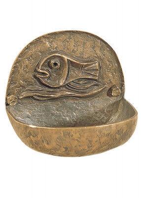 Weihwasser-Wandkessel aus Bronze gegossen